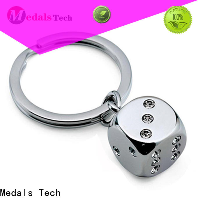 Medals Tech fashion novelty keyrings customized for commercial