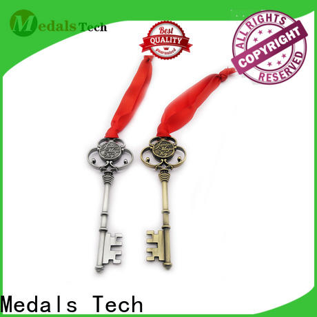 Medals Tech back metal promotional keychains company for adults