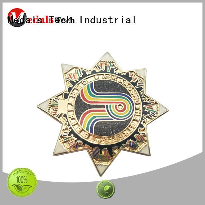 quality suit lapel pins skulls design for man