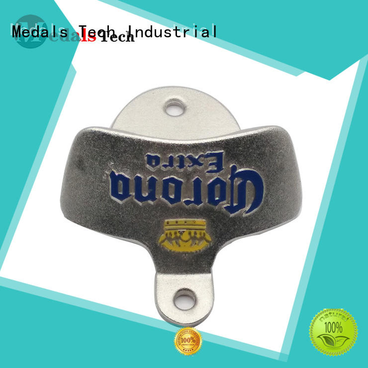 souvenir cool beer openers personalized for woman Medals Tech