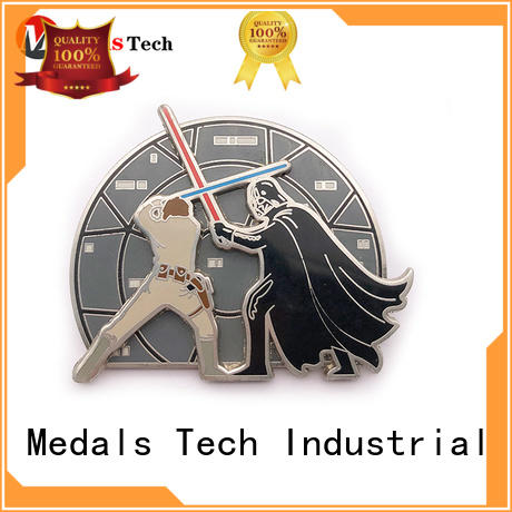 Medals Tech epoxy cool lapel pins design for man