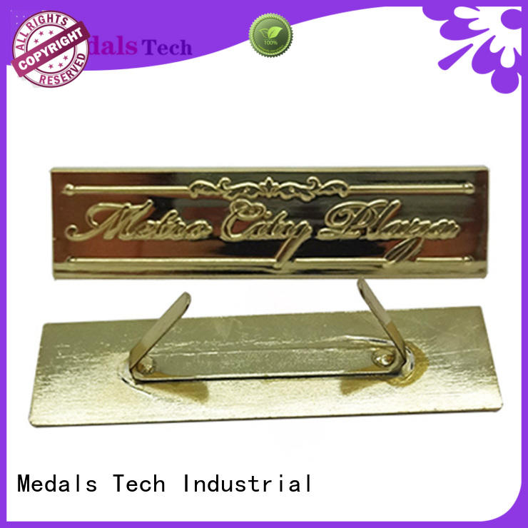 Wholesale metal custom embossed logo shinny gold plating nameplate