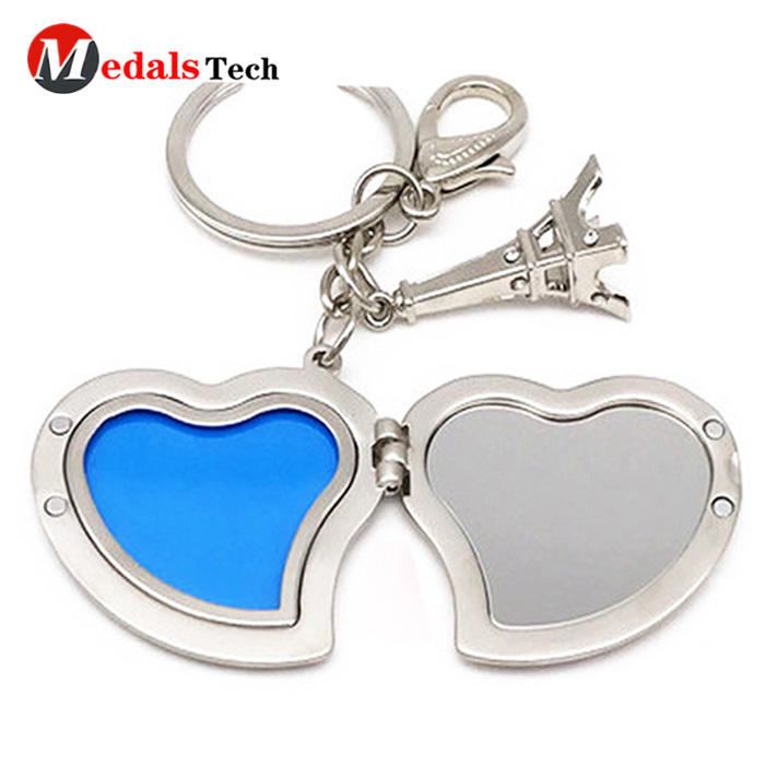 2019 popular love custom logo shinny gold plated  keychain