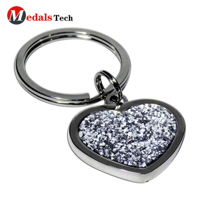 New fashion heart shape metal love die casting keychain