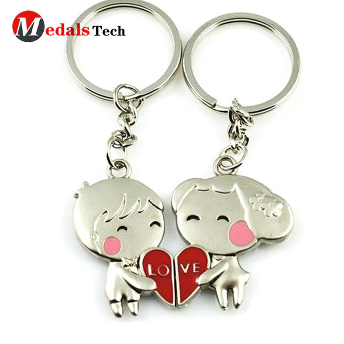 New fashion heart shape metal love die casting keychain