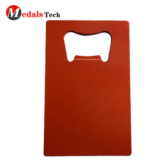 Hot selling metal card beer fashion spray bottle opener
