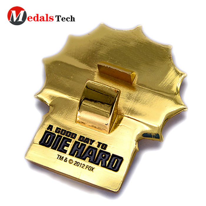Wholesale metal cast iron shinny gold plating soft enamel bottle opener