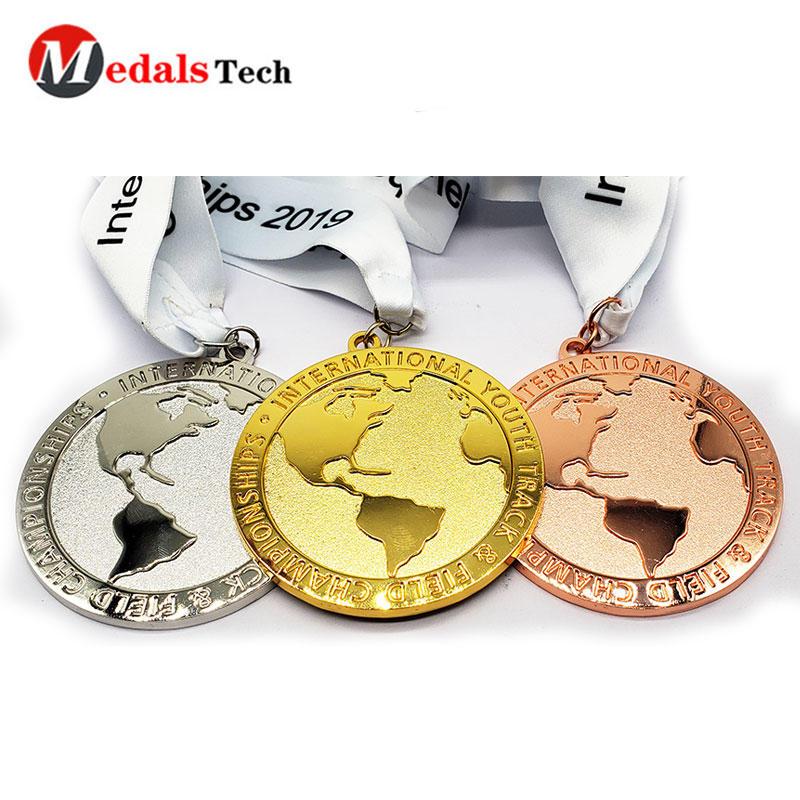 Custom Medals New Style Shinny Plating Earth Shape Embossed Logo Marathon Medal