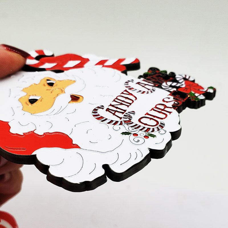 为儿童定制的圣诞风格纪念章礼品