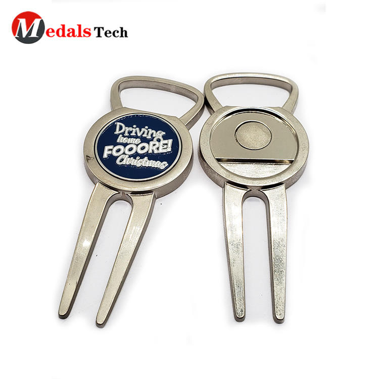 Medals Tech metal divot repair tool design for adults