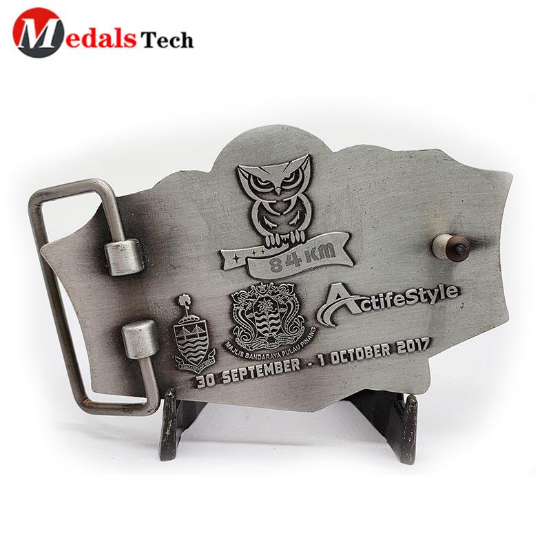 Men Belt Buckles Antique Silver Plating Zinc Alloy with 3d Logo