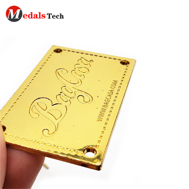 Gold Plating Metal Name Plates 3d Logo Lapel for Handbags