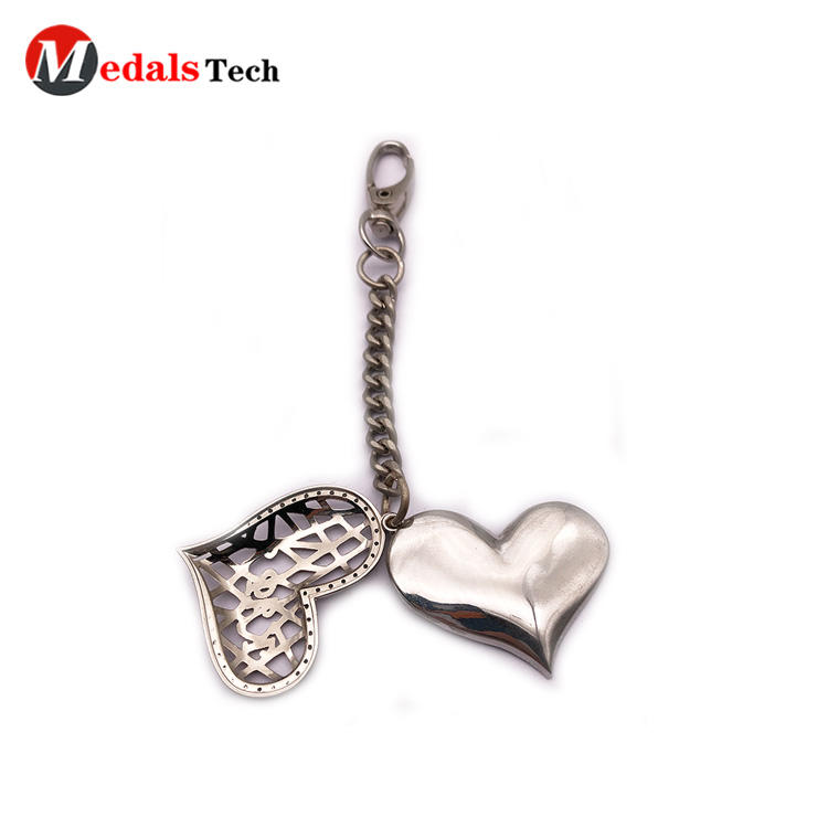 Cool Metal Keychain Sticker Printing Heart Shape Photo Frame New Design