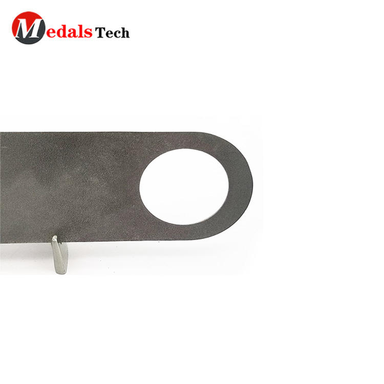 Free sample  durable recessed logo flat metal bar blade bottle opener