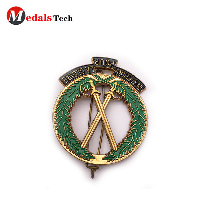 Medals Tech alloy custom lapel pins cheap design for woman