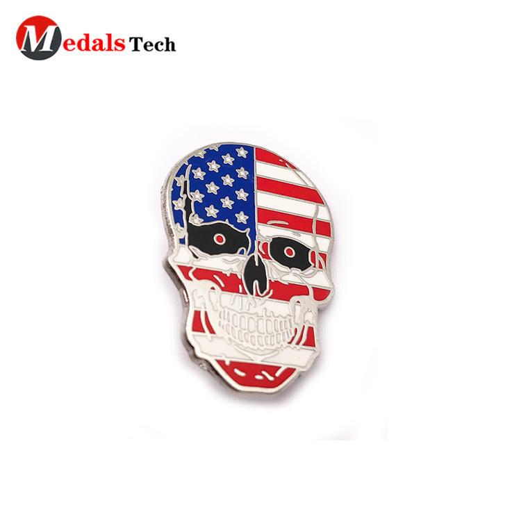 Creative USA flag silver plating skull shape souvenir lapel pin