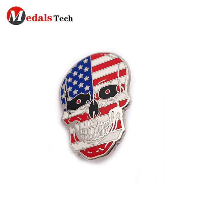 Creative USA flag silver plating skull shape souvenir lapel pin