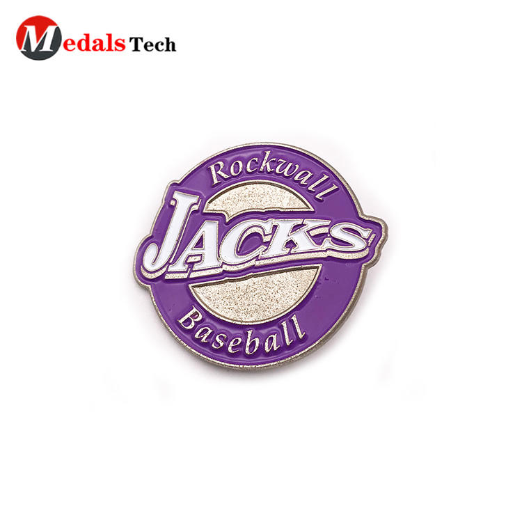 High quality customized logo silver plating badge with sandblast backside