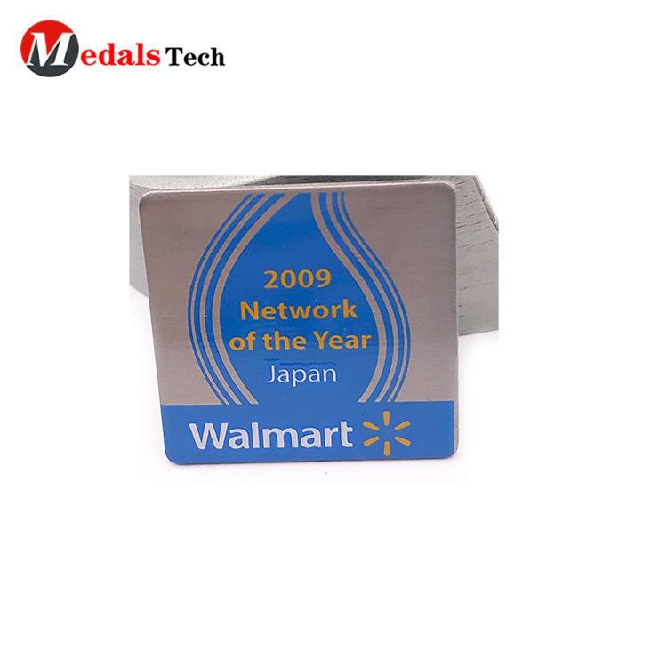 Customized logo business brand square shape metal enamel with spray enamel