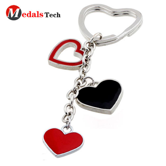 Custom soft enamel beautiful hollow heart shape metal keychains