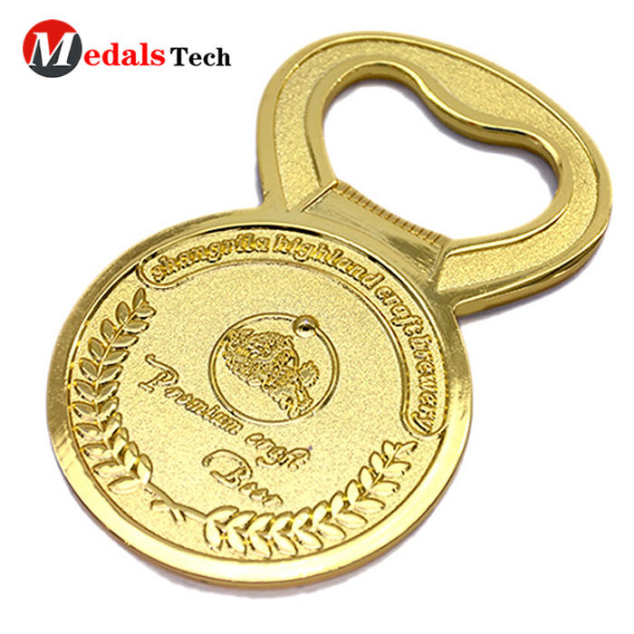 2019 new design customized gold plated gift  beer bottle opener
