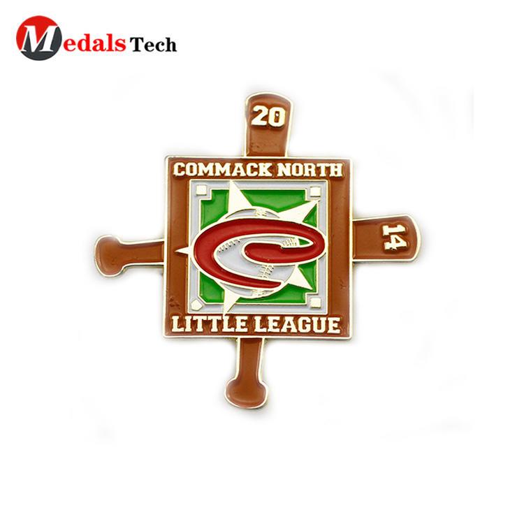 Wholesale unique baseball sport made metal  3d logo badge