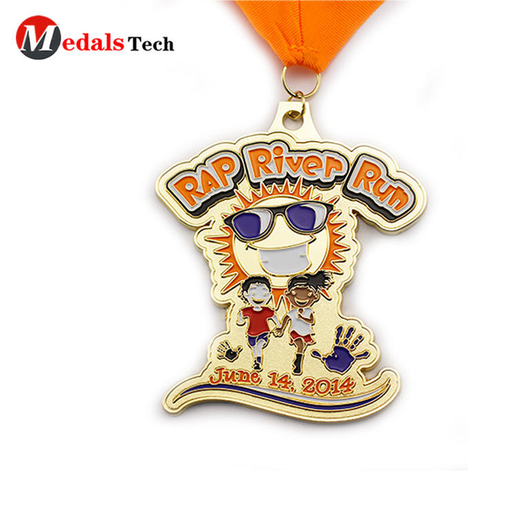 Customized gold plating river run marathon finisher medals