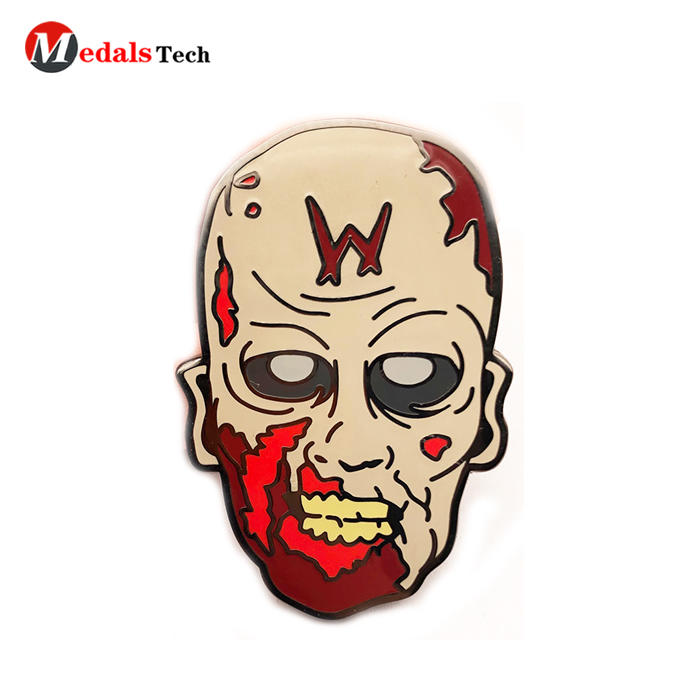 High quality metal funny suit lapel pins clothing badges