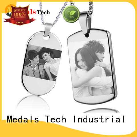 Medals Tech cover online dog tags for pets customized for man