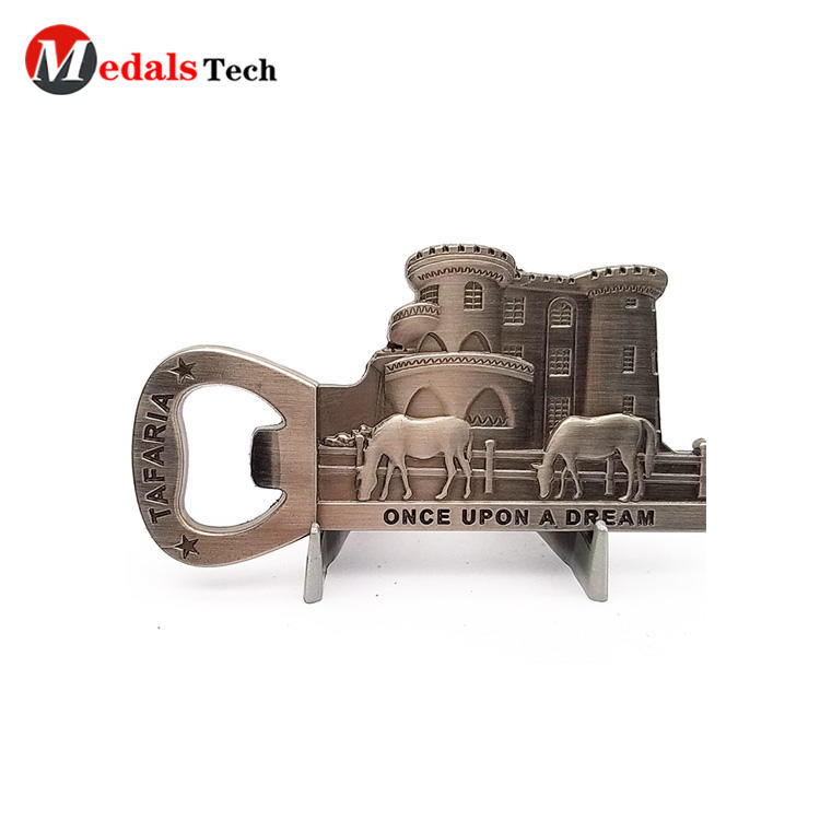 round wall mount bottle opener customized for souvenir-3