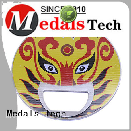 Medals Tech die casting beer bottle opener from China for household
