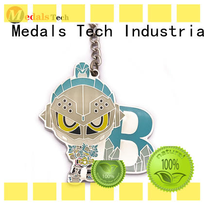 Medals Tech car keychain supplies customized for man