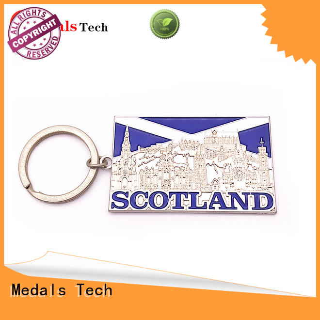 Medals Tech gold name keychains customized for souvenir