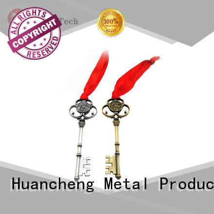 Huancheng Brand promotional silver souvenir name keychains