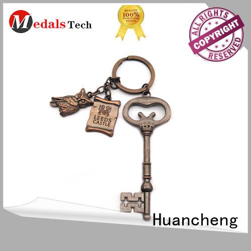 souvenir Custom shape name keychains copper Huancheng