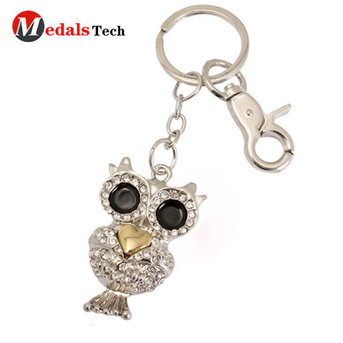 metal leather keychain running from China for souvenir-3
