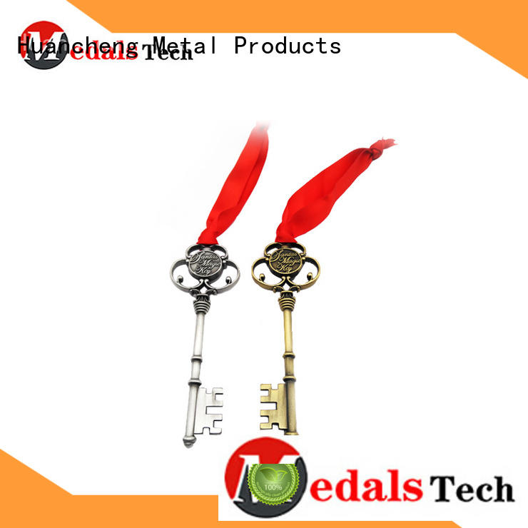 christmas gifts copper shape name keychains Huancheng