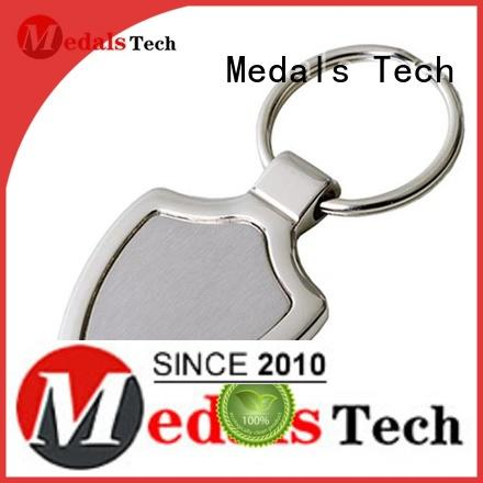 casting keychain supplies manufacturer for souvenir