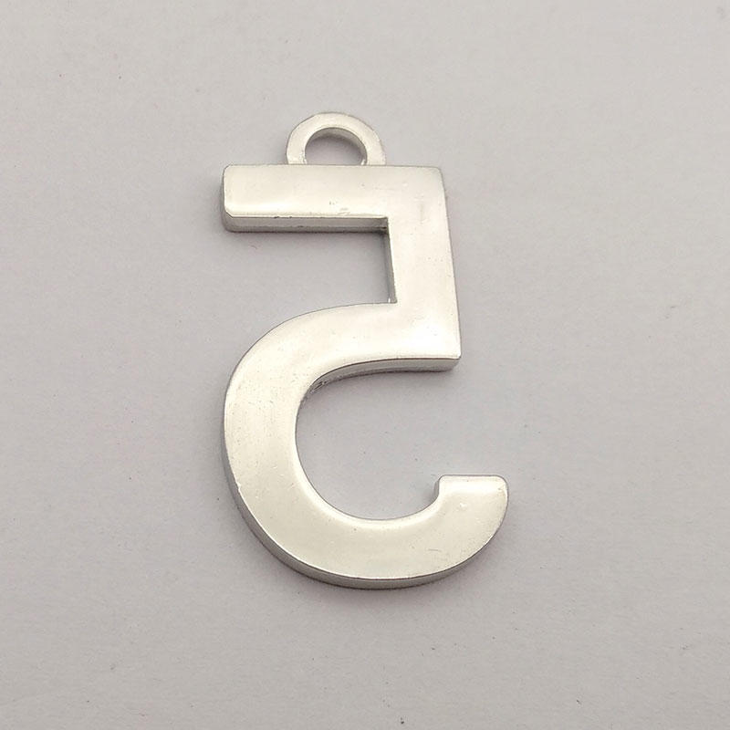 Custom 5 number shape silver plated zinc alloy tag with your design