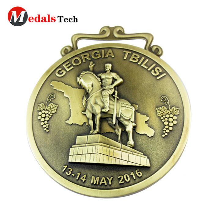 Custom fashion colorful oem polish antique gold masonic metal medal with custom hole