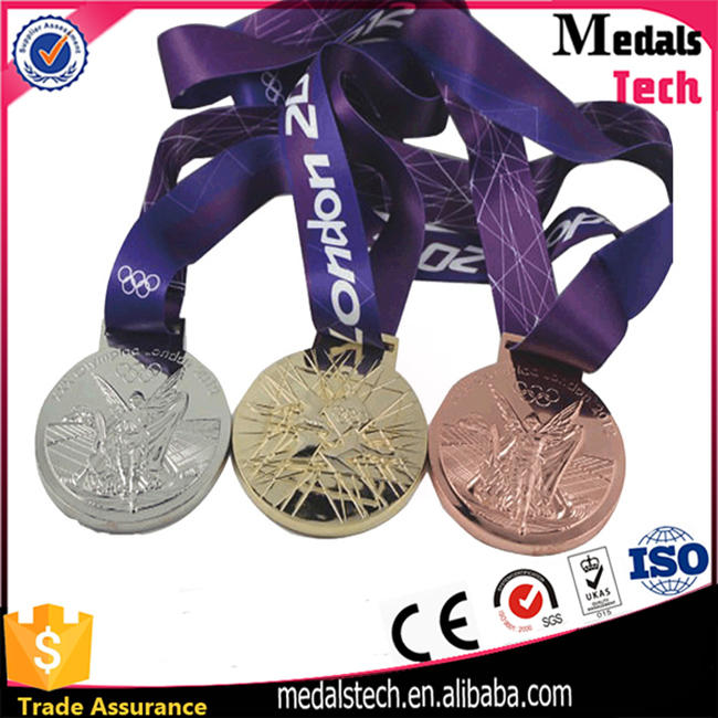 Zinc alloy die casting custom silver 5k finisher running awards medal