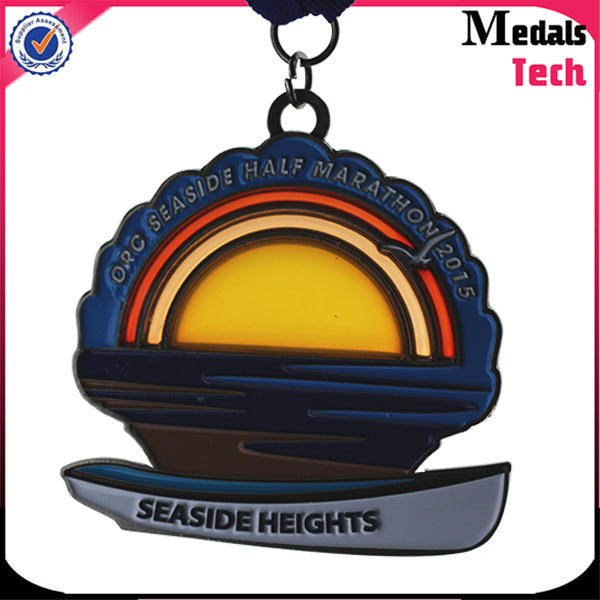 Good quality cheap price round shape zinc alloy Glass paint custom sunset shape medal wholesale