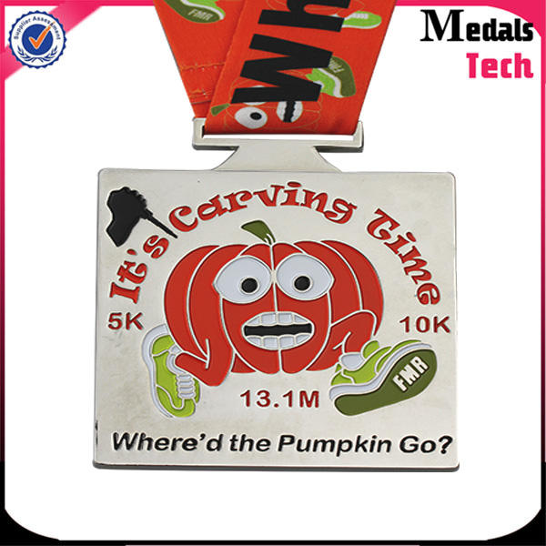 Personalized custom shiny silver metal pumpkin medal for virtual race