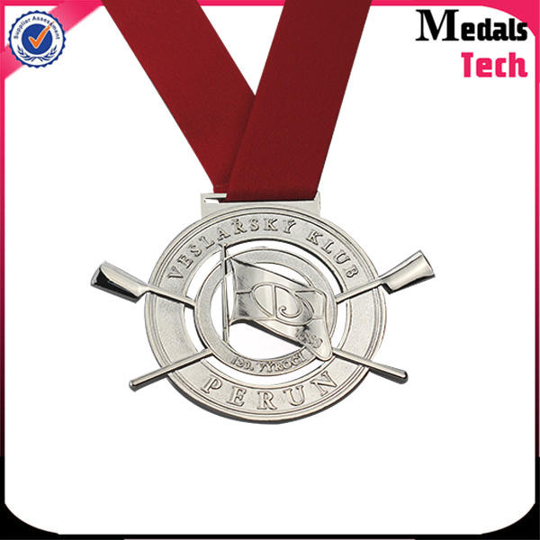 Souvenir round shaped custom round silver cheap engraved metal medals
